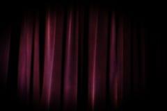 Fundo roxo da cortina do teatro velho do grunge imagem de stock royalty free