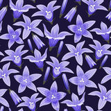 Fundo sem emenda com bellflowers Imagem de Stock