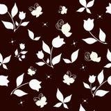 Fundo sem emenda com tulipas e borboletas Fotos de Stock Royalty Free