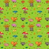 Fundo sem emenda do outono Mão colorida cogumelos bonitos tirados, Caterpillar, caracol, formiga e folhas de queda Imagem de Stock