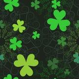 Fundo sem emenda do teste padrão das folhas afortunadas Imagens de Stock Royalty Free