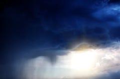 Fundo severo da chuva foto de stock
