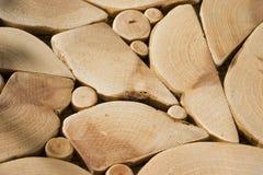 Fundo Uma textura da madeira do zimbro dos seções transversais Fotos de Stock Royalty Free