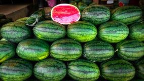 Fundo verde doce das melancias imagens de stock