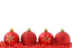 Fundo vermelho do Natal dos baubles fotos de stock