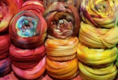 Fundos coloridos de bolas macias de lãs Imagens de Stock
