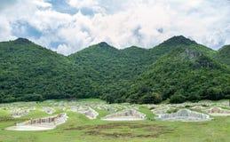 Funerale cinese di Beautyful sulla montagna verde immagine stock libera da diritti