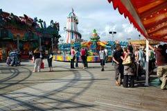 Funfair sur le pilier de Brighton Photos stock