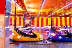 Funfair-Weihnachtsautos, Hyde Park stockfoto