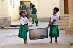 Fungerande barn i Indien Arkivfoton