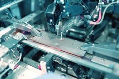 Fungerande behandlande maskin för laser-PCB Fotografering för Bildbyråer