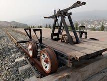 Fungeringsspårvagn för gammal hand royaltyfri bild