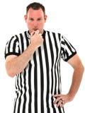 Fungieren Sie durchbrennenpfeife über weißem Hintergrund als Schiedsrichter Stockfotos