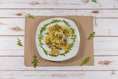 Fungo e pasta selvaggia di ruccola Immagine Stock Libera da Diritti