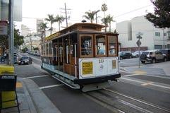 Funiculaire à San Francisco, la Californie Images stock