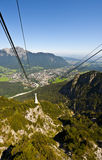 Funiculaire dans les Alpes Photographie stock libre de droits