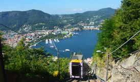 Funiculaire du lac Como, Italie Images stock