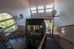 Funicular σιδηροδρόμου στο σταθμό Cremallera de Μοντσερράτ στο μοναστήρι του Μοντσερράτ Στοκ φωτογραφία με δικαίωμα ελεύθερης χρήσης