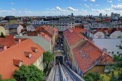 Funicular en la ciudad vieja Zagreb, Croacia fotografía de archivo