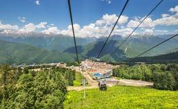 Funicular en las montañas cerca de Sochi Foto de archivo