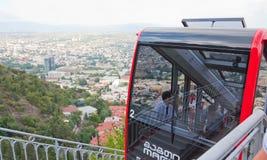 Funicular samochód w Tbilisi, kapitał Gruzja który łączy starego miasteczko Mtatsminda mounta, Obraz Stock