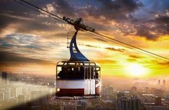 Funicular y ciudad Foto de archivo libre de regalías