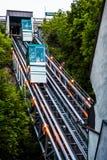 Funiculares que entran hacia arriba y hacia abajo en la vieja porción de la ciudad de Quebec Foto de archivo libre de regalías