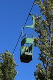 funikulär Alte Drahtseilbahn mit einem Skiaufzug, die nicht mehr arbeitend und rostig sind Sehr gefährlich Schließen Sie einen St stockfoto