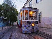 Funikulär in Lissabon Lizenzfreie Stockfotos