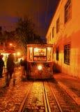 Funikulär in Lissabon Stockfotos