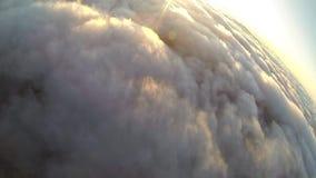 Funjumps, das von 12000 Fuß im freien Fall springt stock footage