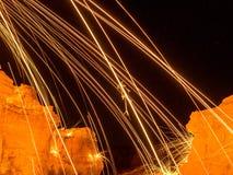 Funken von der Stahlwolle Lizenzfreie Stockfotos