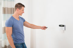 Funktionierendes Sicherheits-Tür-System Stockbild