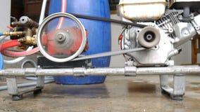 Funktionsduglig motor för blandande kemikalie av insekticid i blått gal. lager videofilmer