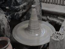 Funktionsduglig thailändsk keramiker lager videofilmer