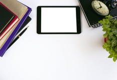 Funktionsduglig yttersida Penna, anteckningsbok och behändigt Arkivbild