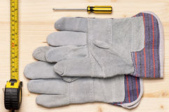 Funktionsdugliga handskar arkivfoton
