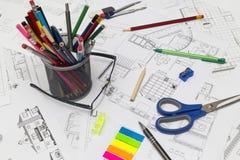 Funktionsdugligt skrivbord för arkitekt Royaltyfria Bilder