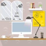Funktionsdugligt skrivbord i Paris Arkivbilder