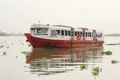 Funktionsläge av transport i Cochin, Kerala, Indien Royaltyfria Bilder