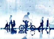 Funktionsläge för stadsliv för pendlare för affärsfolk av transportbegreppet Royaltyfri Fotografi