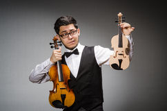 Funny violin player Royalty Free Stock Photos