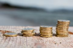 Funtowej monety sterty obrazy royalty free