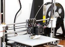 funzionamento del meccanismo della stampante 3d Fotografie Stock Libere da Diritti