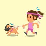 Funzionamento della donna del fumetto con il suo cane del carlino Immagine Stock