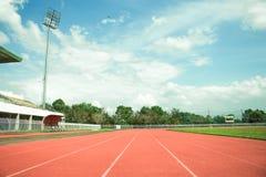 Funzionamento vuoto dell'arena e della corsa dello stadio Fotografia Stock Libera da Diritti