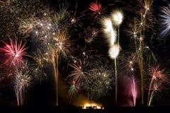 Fuochi d'artificio - 5 novembre - notte di Fawkes del tirante Immagine Stock