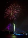 Fuochi d'artificio al festival 2011 di Putrajaya Floria Fotografia Stock Libera da Diritti