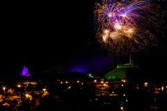 Fuochi d'artificio al regno magico Immagini Stock