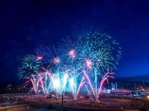 Fuochi d'artificio alla fuga precipitosa di Calgary Fotografia Stock Libera da Diritti
